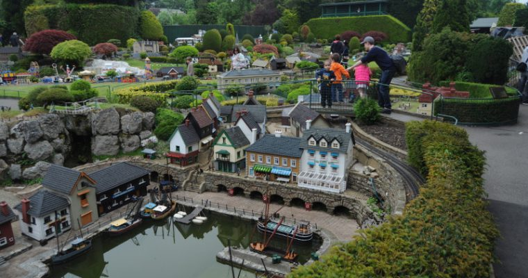 Giant in a miniature village – Bekonscot Model Village