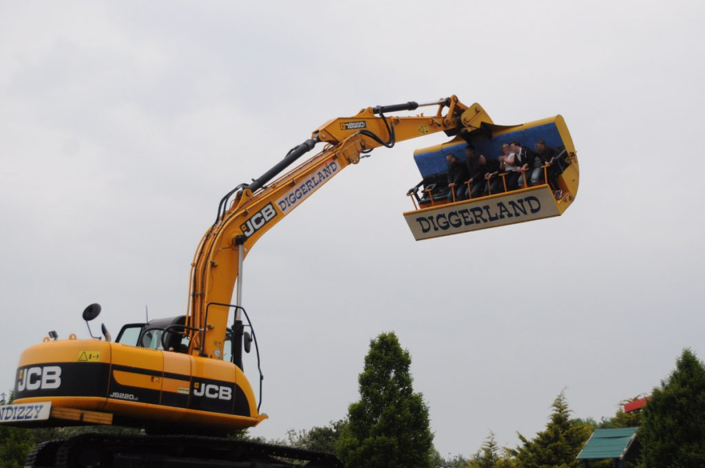 Spindizzy - a ride for kids when on a day out at Diggerland Kent