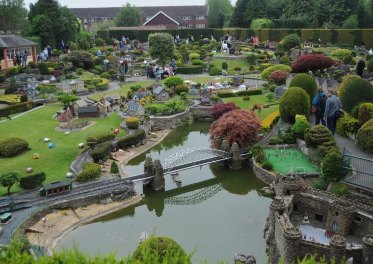 Guide to Bekonscot Model Village with children