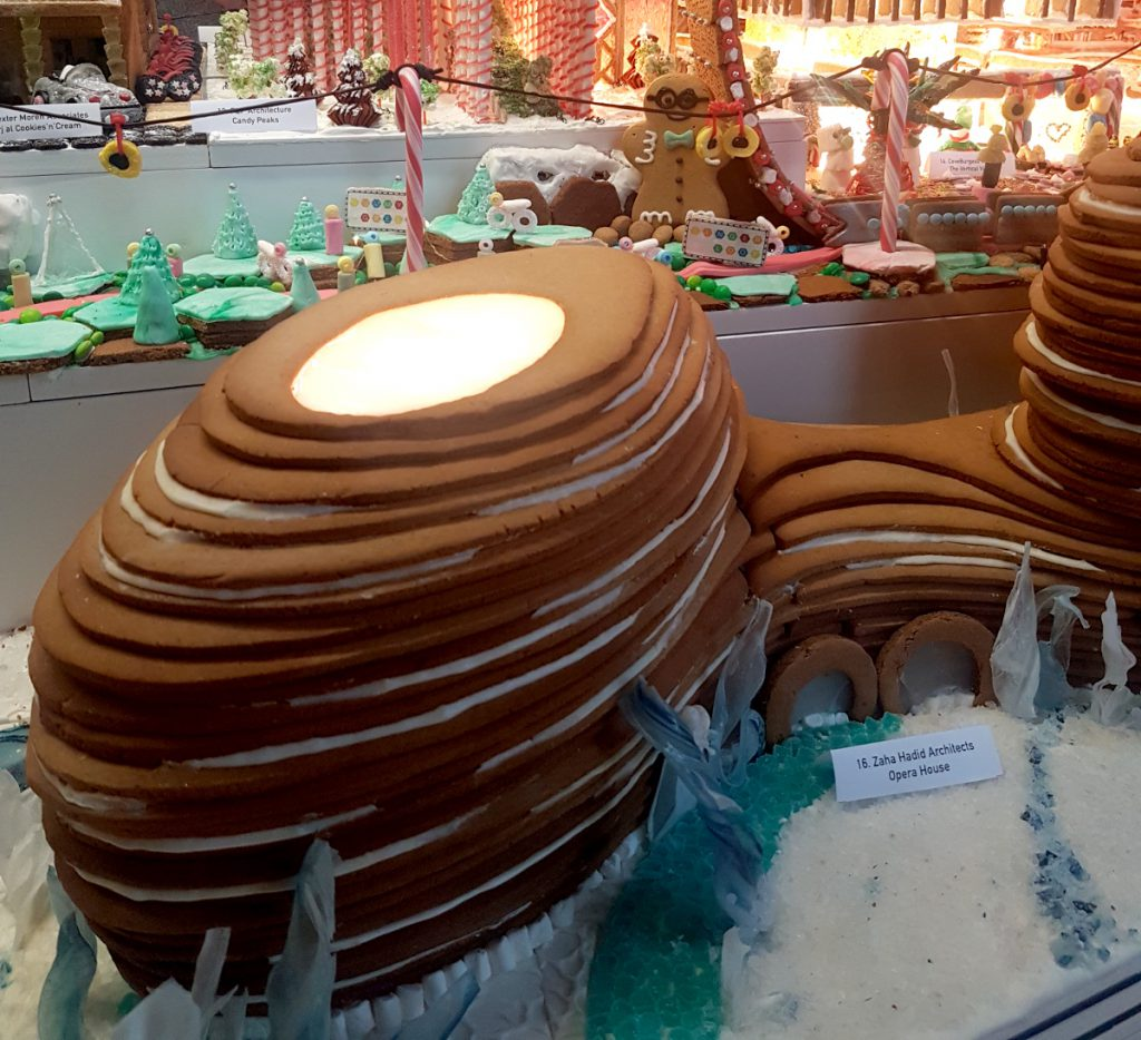 Opera House - layering and stacking - Gingerbread City